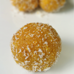 Pori Arisi Urundai – Sweet Rice Balls